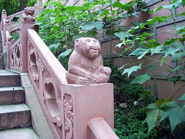 QingYang gong temple - Banister with monkeys