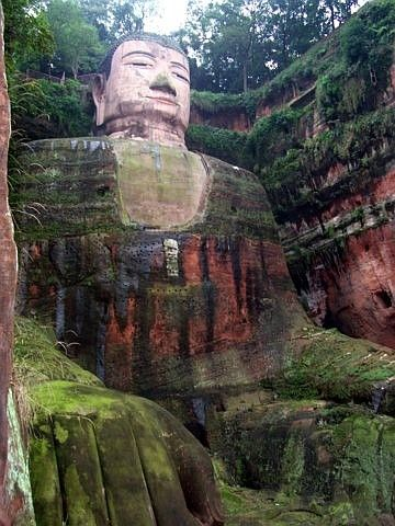 Site bouddhique de Leshan - Grand Bouddha assis