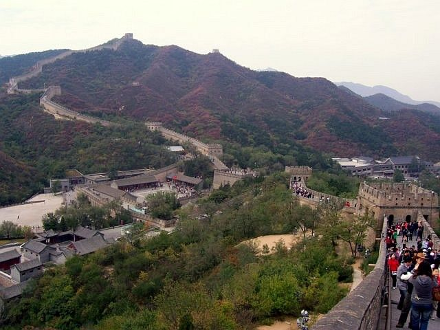 Badaling - view over the entrance