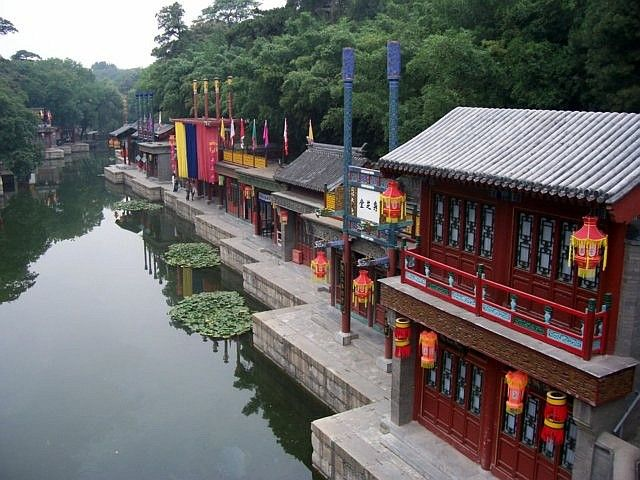 Summer palace - Zigzag of Suzhou street