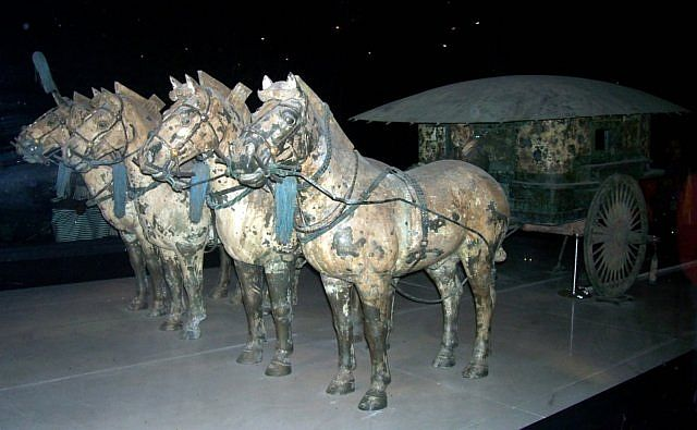 Xian buried army - Bronze chariot of the imperial family