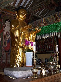 Buddha of Punhwangsa temple