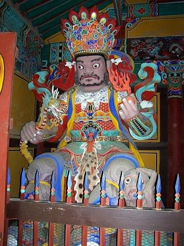 Beomeosa temple - King of Heaven, guardian of the west
