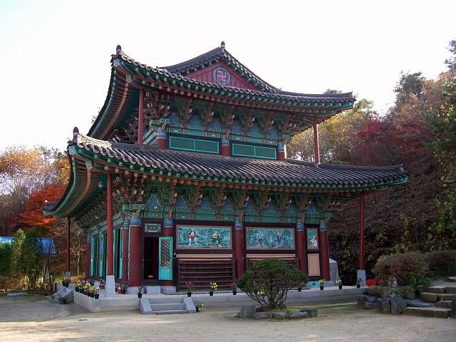 Gwanchoksa temple - Main hall