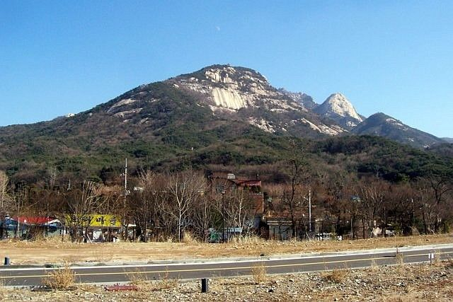 Bukhansan (mountain)