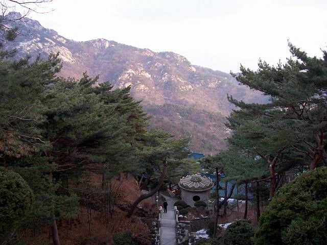 Sunggasa temple (Bukhansan) - view from above