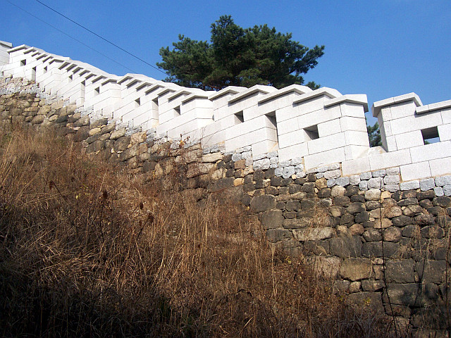 Ingwansan - Wall of the ancient fortress