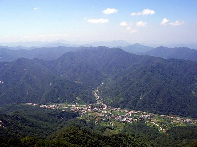 Woraksan - Mountains and valley