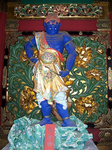 Taiyuin Byo shrine - Jikoku-ten, guardian of the east (blue)