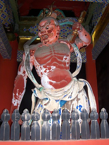 Toshogu shrine - Guardian, with the mouth open