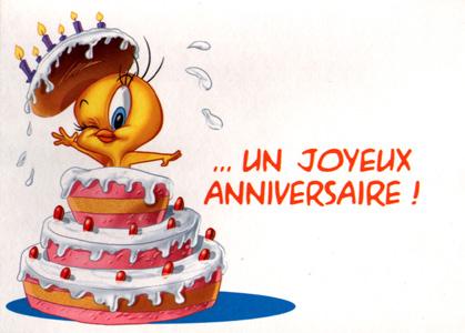 Joyeux anniversaire par Titi qui sort d'un gâteau