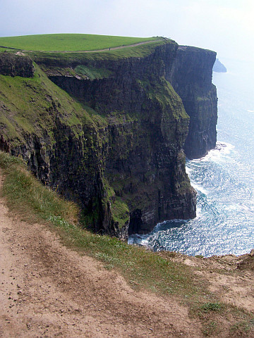 Cliffs of moher (view 2)