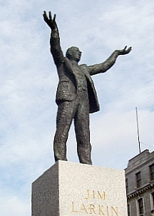 "O'Connell street - Statue de Jim Larkin (""big Jim"")"