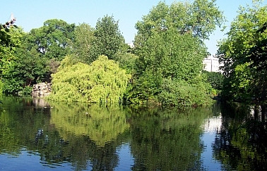 St-Stephen's green park - Lake
