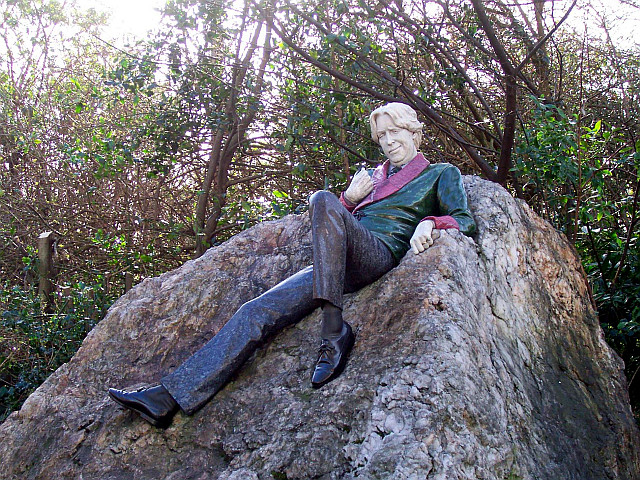 Merrion square - Statue of Oscar Wilde