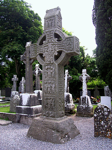 Monasterboice - Muiredach's cross, Crucifixion side