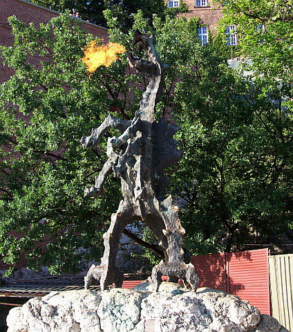 Colline du Wawel - Dragon qui crache du feu