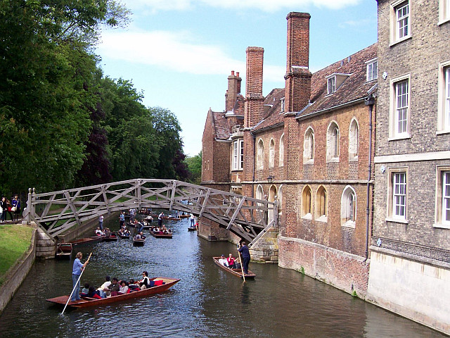 Cambridge - Mathematical bridge donnant sur Queen's college