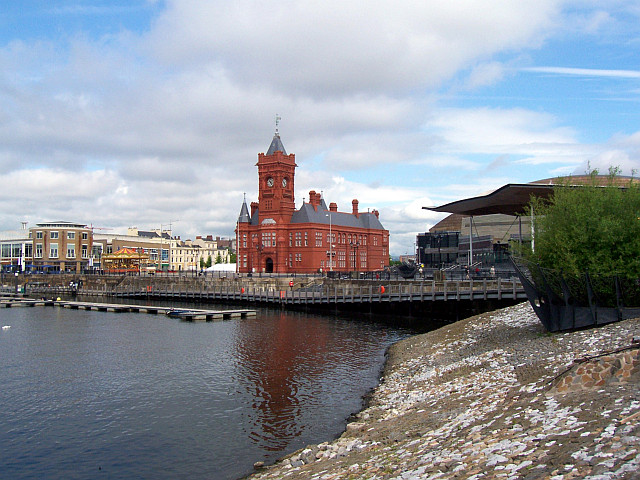 Cardiff bay with Pier head red building