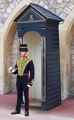 Windsor castle - Guard in his box