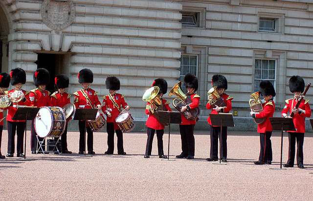 Buckingham palace - The choir of the guards