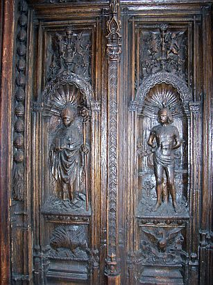 St Denis basilica - Sculpture of a side door