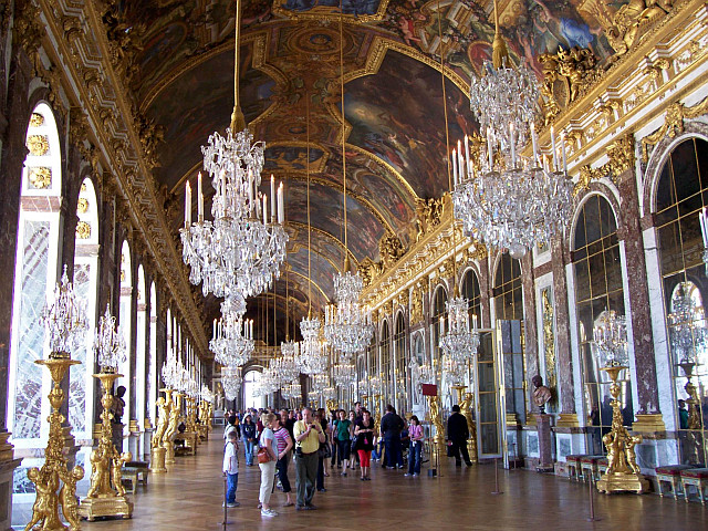 Versailles castle - Hall of mirrors