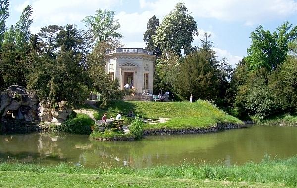 Photo versailles jardin du hameau de la reine for Jardin de france magnanville 78