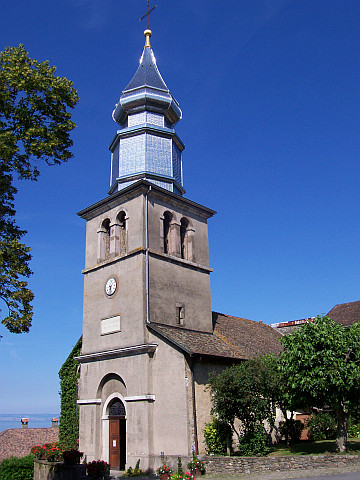 Yvoire - Church with an onion-shaped tower