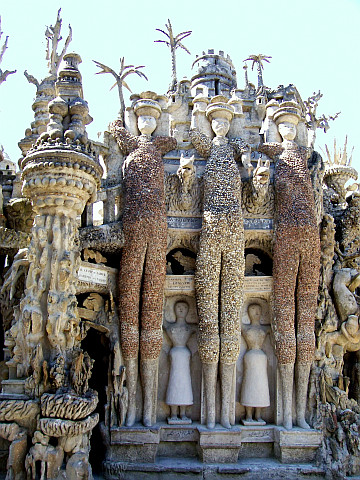 Postman Cheval's ideal palace - The three giants