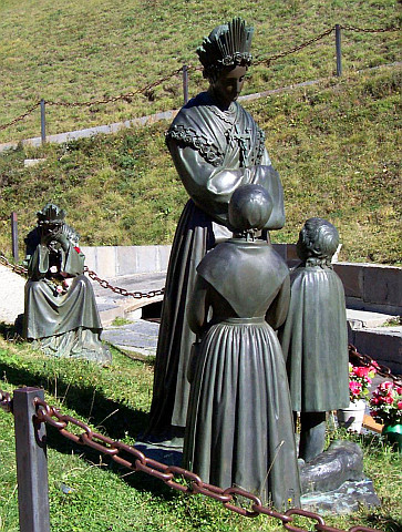 Statue of Our Lady of La Salette talking to the children