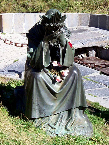 Statue of Our Lady of La Salette in tears